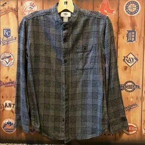 Old Navy flannel shirt, collarless boys 8